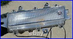 1968 Cadillac Deville PASSENGER RH FENDER FRONT MARKER LIGHT OEM GM 5960170