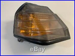 1984 1985 Toyota Celica GTS GT OEM RIGHT Front Fender Park Light Turn Signal