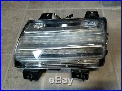 2018 2020 Jeep Wrangler JL LED DRL Fender Flare Turn Signal Light OEM Mopar