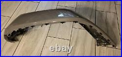 2018-2021 Jeep Gladiator Front Right Oem Fender Flare W Turn Signal Grey