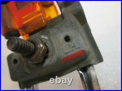 67 68 Cadillac Deville Fleetwood Fender Turn Signal Gunsight Indicator Light Set