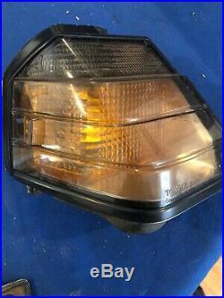 84-85 OEM Toyota Celica Corner Fender Park light signal front RH Left lamp