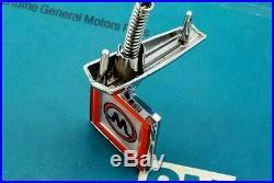 Nos 81 87 Gmc Wrangler Hood Ornament Emblem Truck Pickup Ck C K Pick Up Gm Trim