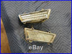 Pair of Cornering Lights 1968 1969 Buick Riviera GS 68 69 Parking Lamps Fender